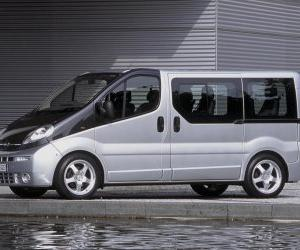 Opel Vivaro - van with ambitions